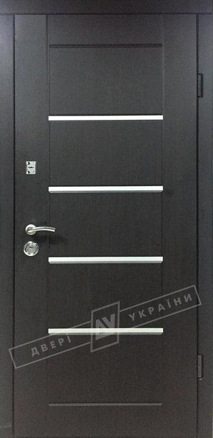 Аккорд венге-входные двери в налличии