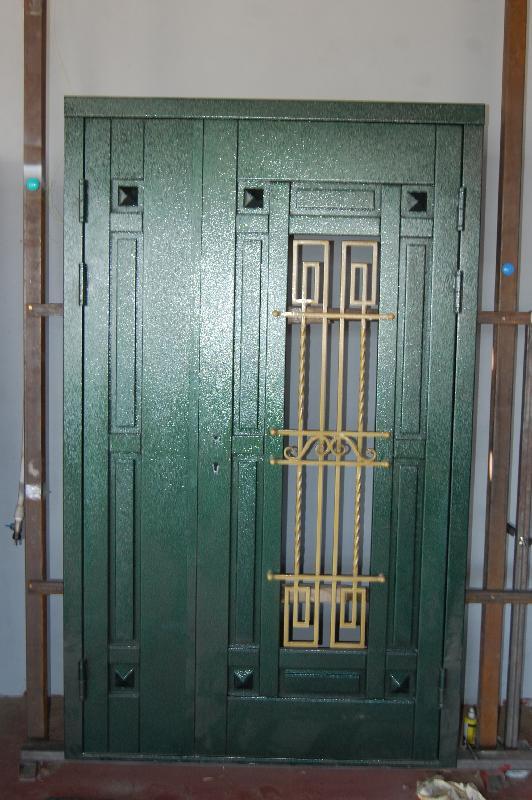 Vhodnie-dveri-v-dom_15