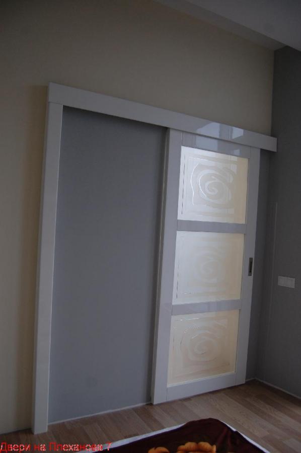 Раздвижные белые двери под заказ 0679859931